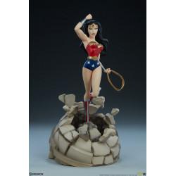 DC Estatua Animated Series...
