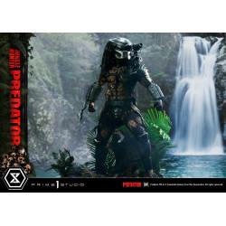 Predator Estatua Museum...